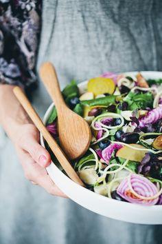 Greenkitchen stories and Granit Vegan Wedding Food, Kitchen Stories, Green Kitchen, Veggie Recipes, Veggie Meals, Food Styling, Food Photography, Veggies, Tableware