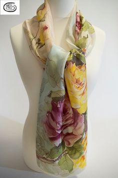 Pañuelo de seda natural 100%  Habotai pintado a mano. por Artodos                                                                                                                                                                                 More
