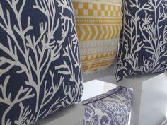 Limited edition throw pillows for S/S 2015 in cotton and linen. Made in Portugal / Almofadas decorativas edição limitada para P/V 2015 em algodão e linho. Feito em Portugal
