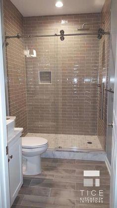 Modern Farmhouse, Rustic Modern, Classic, light and airy master bathroom design ideas. Bathroom makeover ideas and master bathroom remodel a few ideas. Modern Bathroom Design, Bathroom Interior, Dyi Bathroom, Master Bathrooms, Bathroom Designs, Bathroom Mirrors, Bathroom Fixtures, Minimal Bathroom, Simple Bathroom