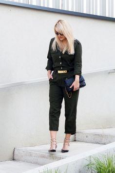 Pro někoho může být štěstí jen muška jenom zlatá, ale pokud ji jednou polapíte, nenechte ji odletět! Jak si nenechat nikým a ničím ukrást vaše štěstí? Pomohl vám můj článek?#skolastylu #seberealizace #seberozvoj #stesti #luck #blog Valentino, Chic, Blog, Style, Fashion, Shabby Chic, Swag, Moda, Elegant
