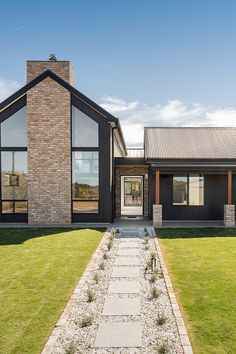 The Scandinavian Look Dream House Exterior, Dream House Plans, Exterior Houses, Modern Exterior, Exterior Design, Modern Barn House, James Hardie, Rustic Home Design, Shed Homes