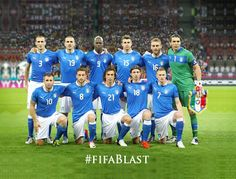 Football is a loved and popular sports and hobbies with a large number of people from various countries and ethnicities who supports their football teams. Germany National Football Team, Blue Football, Best Football Team, Fifa Teams, Soccer Teams, Soccer Players, Italy World Cup, Italy Team, Italy Soccer