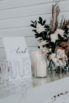 Wedding Bar Styling Tips and Inspiration! Image via Ivy Road Photography Wedding Bar Styling Tips and Inspiration! Image via Ivy Road Photography Wedding Designs, Wedding Styles, Modern Wedding Ideas, Modern Wedding Reception, Bar Wedding Ideas, Modern Minimalist Wedding, Modern Wedding Flowers, Bar Ideas, Ideas Party
