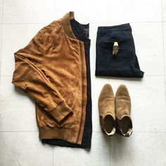 #tbt!! ✌️ #ootd Details: #zara jeans, jacket and boots #pullandbear t-shirt #outfitgrid #gridfiti #outfitkillers #likeforlike #tagsforlikes #comment #outfitrepost #bestfitsdaily #menstyle #streetwear