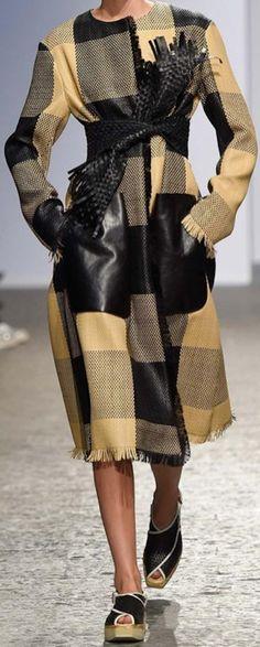 Fashion details | Comment: Dauntless. Sportmax.