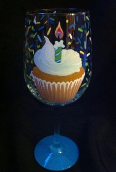 Birthday cupcake Wine Glass – www.thepaintedflower Request favorite colors for your cupcake wine glass and add a special message at no additional cost! $24 Cupcake Wine, Wine Cupcakes, Birthday Wine Glasses, Painted Wine Glasses, Birthday Cupcakes, Favorite Color, Special Occasion, Birthdays, Craft Ideas