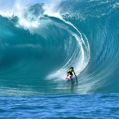 9ae075952e2743 2016 Ride of the Year entry -  matahidrollet in  Tahiti.  Teahupoo