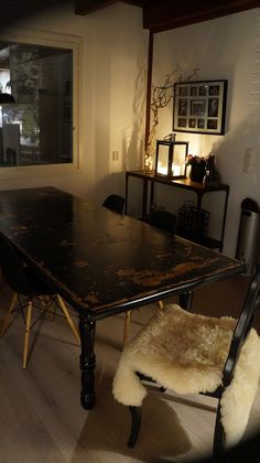 I pimp the old dining room table.