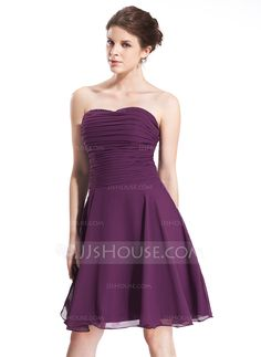 A-Line/Princess Sweetheart Knee-Length Ruffle Zipper Up Strapless Sleeveless Grape Summer General Plus Chiffon Bridesmaid Dress