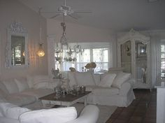 Shabby chic a great room ; Dream Living Rooms, White Interior, Decor, Shabby Home, Chic Living Room, Shabby Decor, Cottage Decor, Shabby Chic Room, Shabby Chic