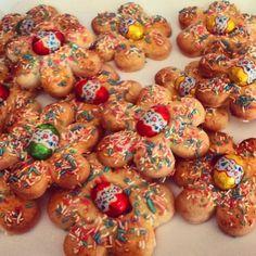 Goal - Italian Pastries, Pastas and Cheeses - Useful Articles Italian Pastries, Italian Desserts, Mini Desserts, Italian Recipes, Easter Dinner Recipes, Biscotti Cookies, Xmas Cookies, Italian Cookies, Pastry Cake
