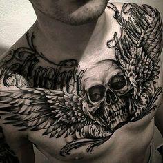 Tatuajes para hombres en el pecho