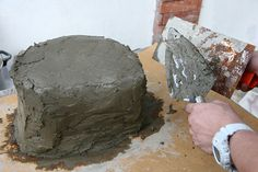 how to make a fake rock for the garden using concrete