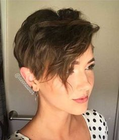 Today we have the most stylish 86 Cute Short Pixie Haircuts. We claim that you have never seen such elegant and eye-catching short hairstyles before. Pixie haircut, of course, offers a lot of options for the hair of the ladies'… Continue Reading → Pixie Cut With Bangs, Longer Pixie Haircut, Short Pixie Haircuts, Short Hair With Bangs, Pixie Hairstyles, Hairstyles With Bangs, Short Hair Cuts, Cool Hairstyles, Pixie Cuts