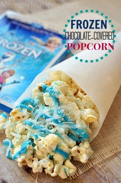 Frozen / Fun and simple Olaf-approved blue and white chocolate-covered popcorn!