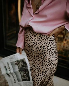 Leopard Skirt Outfit + Silk Clothes Look + Fashion for Fall 2018 + Biggest trends current Fashion Moda, Look Fashion, Spring Fashion, Fashion Beauty, Autumn Fashion, Womens Fashion, Classy Fashion, Couture Fashion, Trendy Fashion