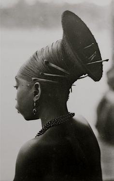 Africa   Mangbetu hairstyle, Congo. ca 1920 - 1930s   © Casimir Ostoja Zagourski (1880 - 1941)