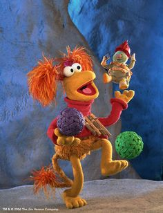 Fraggle Rock LOVE THIS SHOW! I actually opened a radio to see if fraggle rocks were inside. 90s Childhood, Childhood Memories, Fraguel Rock, Clever Dog, Marionette, The Muppet Show, Movie Themes, 80s Kids, Jim Henson