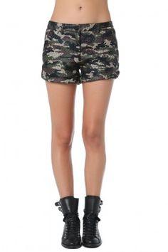 eaa8495489 Pantalones cortos gruesos con estampado de camuflaje Tiendas De Moda  Online