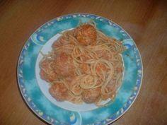 Das perfekte Susi und Strolch Spaghetti-Rezept mit Bild und einfacher Schritt-für-Schritt-Anleitung: Die Tomaten in einen Topf geben und mit dem Zauberstab…