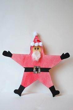 Christmas Crafts for Kids: Santa Star Homemade Christmas Ornament~ Buggy and Buddy could be elf star, too Santa Crafts, Christmas Ornament Crafts, Christmas Projects, Christmas Themes, Kids Christmas, Holiday Crafts, Santa Ornaments, Star Ornament, Father Christmas