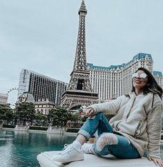 Eu amo a Torre Eiffel ? Las Vegas Pictures, Vacation Pictures, Travel Pictures, Las Vegas Strip, Planet Hollywood Las Vegas, Travel Pose, Las Vegas Vacation, Travel Nursing, Travel Photography