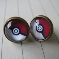 A Pair of Cute 10mm Vintage Pokemon Pokeball Ear Studs Earrings ($3.89) ❤ liked on Polyvore featuring jewelry, earrings, stud earring set, vintage jewellery, vintage jewelry, stud earrings and vintage stud earrings