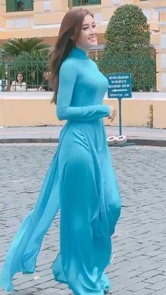 Long Dress Indian For Girls 59 Ideas Ao Dai, Long Dress Fashion, Indian Fashion Dresses, Pakistani Dresses Casual, Pakistani Dress Design, Vietnamese Traditional Dress, Traditional Dresses, Most Beautiful Indian Actress, Beautiful Asian Women