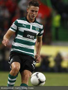 No jogo mais aguardado da 9ª Jornada, o Sporting venceu o Braga por uma bola a zero, com golo de Ricky Van Wolfswinkel aos 4 minutos.