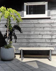 Anvendelige JOTUN 9938 Dempet sort. Hanging Canvas, Artist Canvas, Outdoor Furniture, Outdoor Decor, Art Pieces, Gallery Wall, Layout, Home Decor, Beige