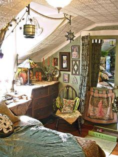 Little details room lights home bed floral details design interior frames patterns