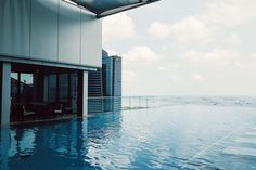 Infinity pool on the 35th floor of The Westin Singapore.