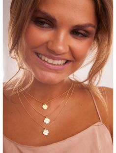 14k Gold filled Clover NecklaceThe Irish Luck by Clashd on Etsy, €36.90