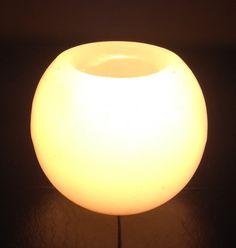 Luminária em formato de bola