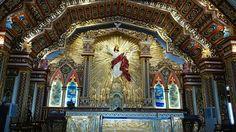Varapuzha: Main altar of the new edappally church