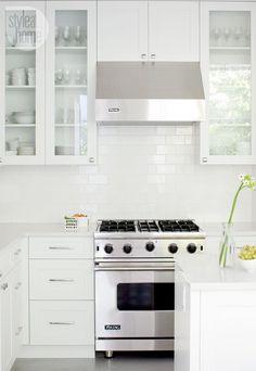 House tour: Classic yet modern kitchen {PHOTO: Janis Nicolay}