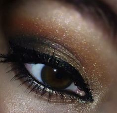 Used all Younique Pigments! Pigments used: Beautiful, Infatuated, Corrupted, Provoked, Curious, Sexy www.3DLashRevolution.com