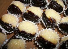 Você não vai conseguir resistir a esta docinho delicioso! #receitas #sobremesas #olhodesogra Sweet Recipes, Cake Recipes, Dessert Recipes, Miss Cake, Nutella, Food Wishes, Good Food, Yummy Food, Blue Cakes