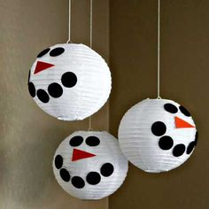 Snowman Paper Lanterns (idea by See Vanessa Craft). Pick the size of your snowmen: http://www.partylights.com/Lanterns/White
