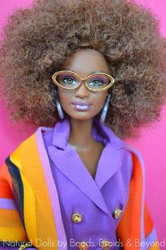 Afro Barbie with Glasses African American Beauty, African American Dolls, African Dolls, Diva Dolls, Beautiful Barbie Dolls, Barbie And Ken, Barbie Hair, Barbie Barbie, Barbie Style