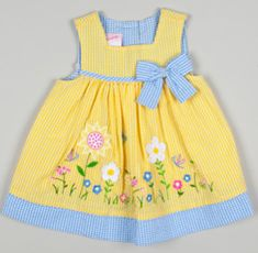 The foremost adorable pursuing child girl clothing, find most of the essentials like pajamas, entire body lawsuits, bibs, plus much more. Baby Dress Design, Baby Girl Dress Patterns, Little Girl Outfits, Little Girl Dresses, Kids Outfits, Baby Frocks Designs, Kids Frocks Design, Baby Girl Fashion, Kids Fashion