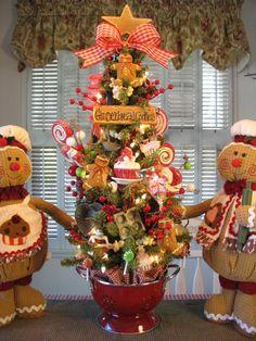 Primitive Gingerbread Cookie Baking Tree in Red Colander w Lights by Denise | eBay