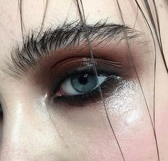 eye and brow makeup wet                                                                                                                                                     More