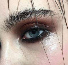 eye and brow makeup wet…