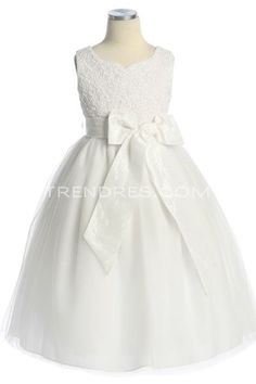 32cab7102 Lace Flower Girl Dress Two Birds Dress, Individual Wedding Cakes, Wedding  Dresses For Girls