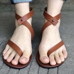 a1397cc45 Woman Summer Fashion Flip Flops Ladies Shoes Rome Brown Sandals