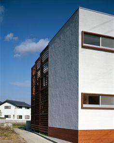 Tsukasa Clinic by Love the Life in Kitajima-cho Tokushima.   Love the Life の作品「つかさクリニック」(2002)のペ_ジを更新。図面と設計データを追加しました。リンク先から「Works」をご覧下さい。