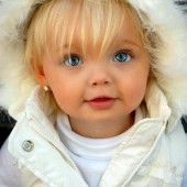 Beautiful little girl, beauty Cute Toddlers, Cute Kids, Cute Babies, Thylane Blondeau, Gray Nails, 20 Min, New Years Eve Party, Baby Fever, We Heart It