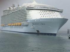 Harmony Of The Seas, Opera House, Luxury Cruises, Cruise Ships, Architecture, Travel, Books, Arquitetura, Viajes